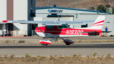 A picture of N19328 - Cessna 150L - [15074342] - © Nathaniel Schott
