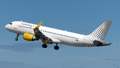 A picture of ECMAH - Airbus A320214 - Vueling - © Rui Marques