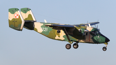 0221 - PZL-Mielec M-28B/PT Skytruck - Poland - Air Force