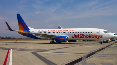 A picture of GJZBE - Boeing 7378MG - Jet2 - © Mario Alberto Ravasio - AviationphotoBGY
