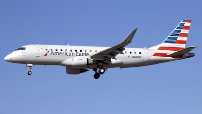 A picture of N204NN - Embraer E175LR - American Airlines - © Peter Cook