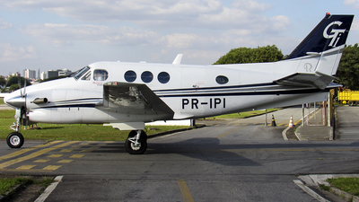 PR-IPI - Beechcraft C90GTi King Air - Private