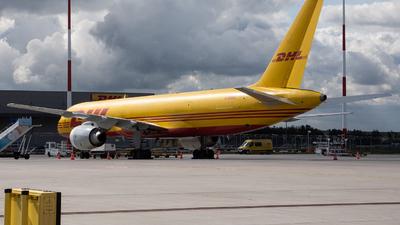 G-BMRA - Boeing 757-236(SF) - DHL Air