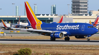 A picture of N210WN - Boeing 7377H4 - Southwest Airlines - © Diego Mancilla.