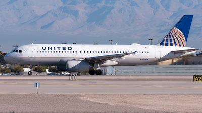 N459UA - Airbus A320-232 - United Airlines