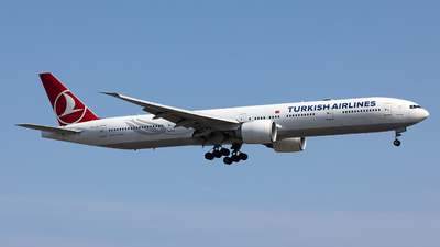 A picture of TCJJU - Boeing 7773F2(ER) - Turkish Airlines - © JinZi