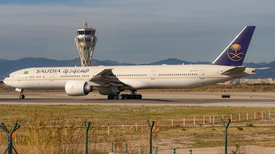 A picture of HZAK21 - Boeing 777368(ER) - Saudia - © JM Deza