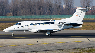 A picture of HBVPR - Embraer Phenom 300 - [50500195] - © Luca Cesati