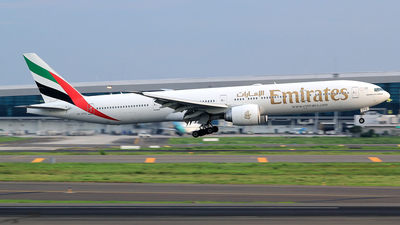 A picture of A6EPG - Boeing 77731H(ER) - Emirates - © M. Raykahn Ariga