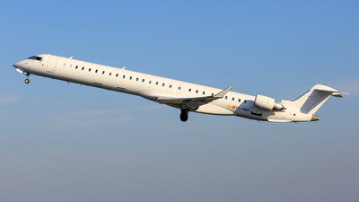 EC-MQQ - Bombardier CRJ-1000 - Iberia