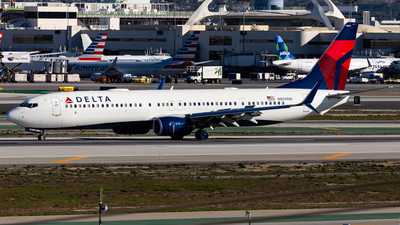 A picture of N894DN - Boeing 737932(ER) - Delta Air Lines - © Brandon Giacomin