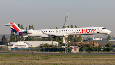 F-HMLF - Bombardier CRJ-1000EL - HOP! for Air France