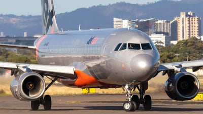 VH-VQR - Airbus A320-232 - Jetstar Airways