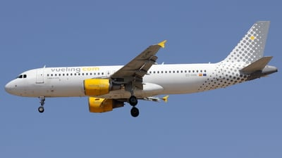 A picture of ECKHN - Airbus A320216 - Vueling - © Stefano Cassia