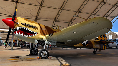 N85104 - Curtiss P-40N Warhawk - Air Museum Planes of Fame
