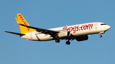 A picture of TCCRF - Boeing 73782R - Pegasus Airlines - © Sadikoglu