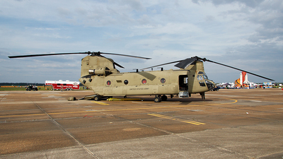 10-08805 - Boeing CH-47F Chinook - United States - US Army