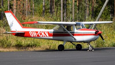 OH-CKV - Cessna 150M - Private