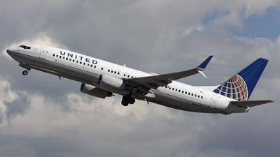 N38268 - Boeing 737-824 - United Airlines
