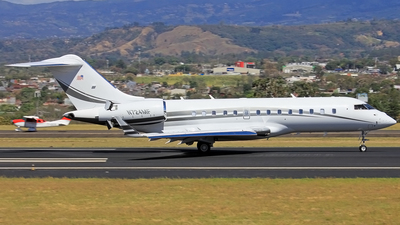 N724MF - Bombardier BD-700-1A11 Global 5000 - Private