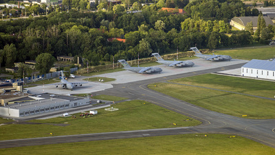 EPWR - Airport - Airport Overview