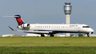 A picture of N899SK - Mitsubishi CRJ900LR - Delta Air Lines - © DJ Reed - OPShots Photo Team