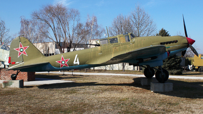 4 - Ilyushin Il-2m3 - Bulgaria - Air Force