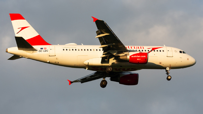 A picture of OELDC - Airbus A319112 - Austrian Airlines - © Thomas Ernst