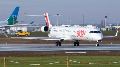 A picture of FHMLN - Mitsubishi CRJ1000EL - Air France - © Baptiste Prevost