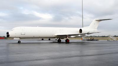VH-FXF - Fokker 100 - SkyWest Airlines
