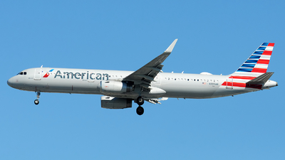 A picture of N994AN - Airbus A321231 - American Airlines - © Alexander Portas