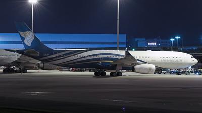 A picture of A4ODB - Airbus A330343 - Oman Air - © Brian