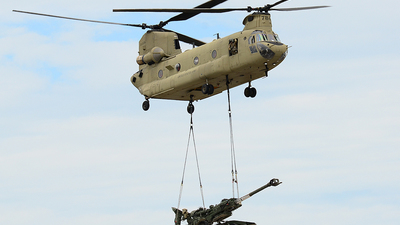 09-08784 - Boeing CH-47F Chinook - United States - US Army
