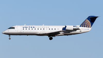 A picture of N961SW - Mitsubishi CRJ200LR - United Airlines - © Marco Papa