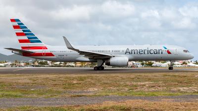 N199AN - Boeing 757-223 - American Airlines