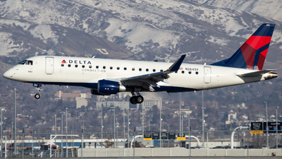 A picture of N284SY - Embraer E175LR - Delta Air Lines - © John Marzo