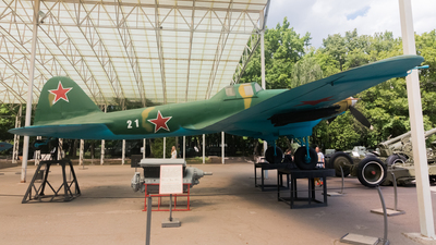 21 - Ilyushin Il-2m3 - Soviet Union - Air Force