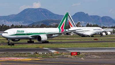 EI-ISE - Boeing 777-243(ER) - Alitalia