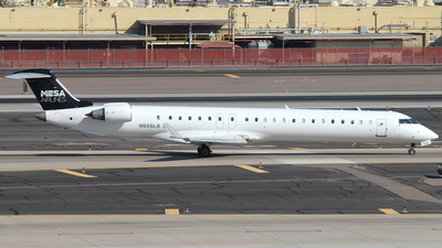 A picture of N956LR - Mitsubishi CRJ900ER - American Airlines - © Jason Whitebird