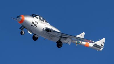 SE-DXX - De Havilland Vampire T.11 - Västerås flygmuseum