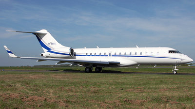 M-ABCC - Bombardier BD-700-1A10 Global 6000 - Private
