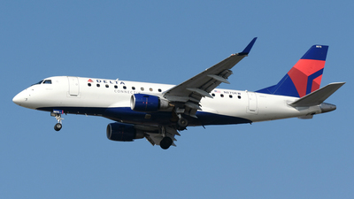 N870RW - Embraer 170-100SE - Delta Connection (Republic Airlines)