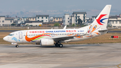B-5817 - Boeing 737-79P - China Eastern Airlines