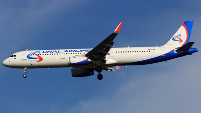 VP-BSW - Airbus A321-231 - Ural Airlines