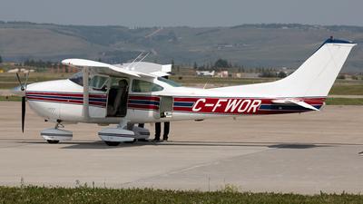 C-FWOR - Cessna 182Q Skylane - Private