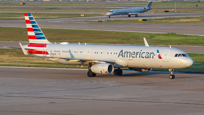 A picture of N996AN - Airbus A321231 - American Airlines - © Kevin Chung - AHKGAP