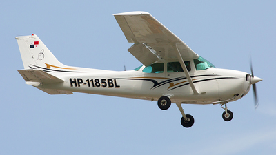 HP-1185BL - Cessna 172N Ram - Private