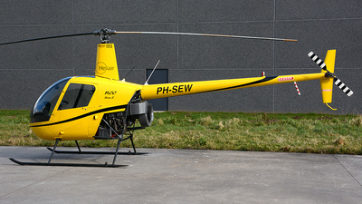 A picture of PHSEW - Robinson R22 Beta - [4131] - © diopere geert