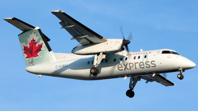 C-FJMG - Bombardier Dash 8-102A - Air Canada Express (Jazz Aviation)