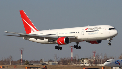 A picture of VPBLG - Boeing 7673Q8(ER) - Royal Flight - © Airyura